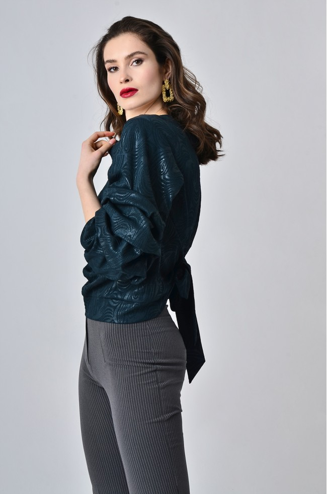 Блуза з буфами з фактурного трикотажу Зелена