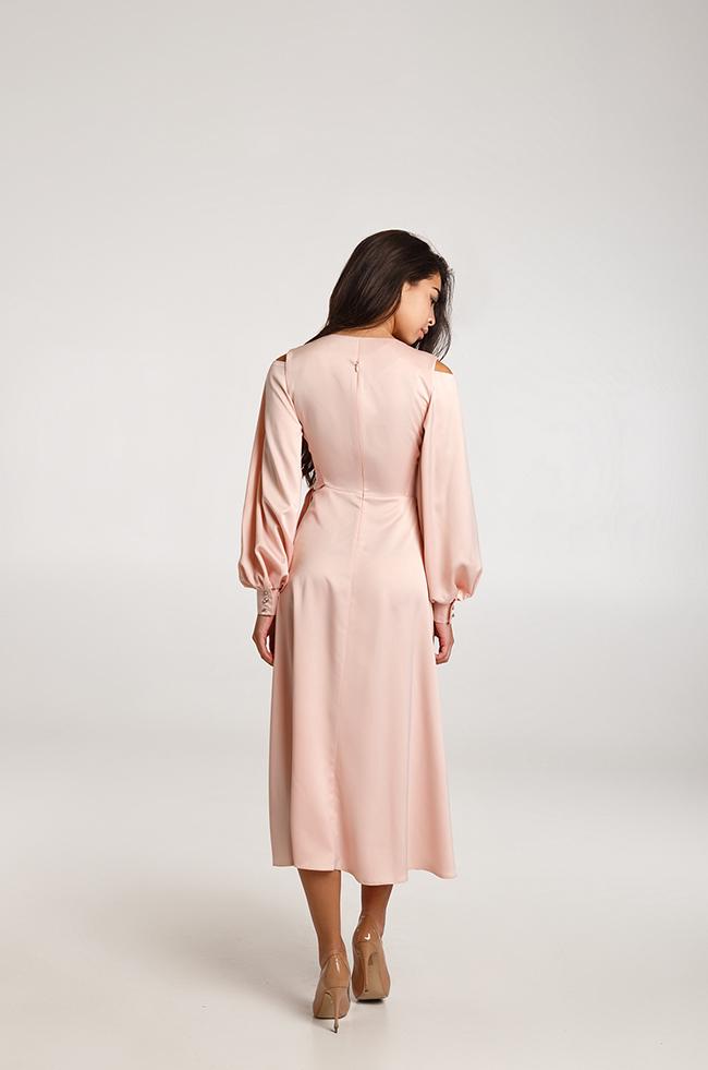 Сукня вечірня міді Пудра