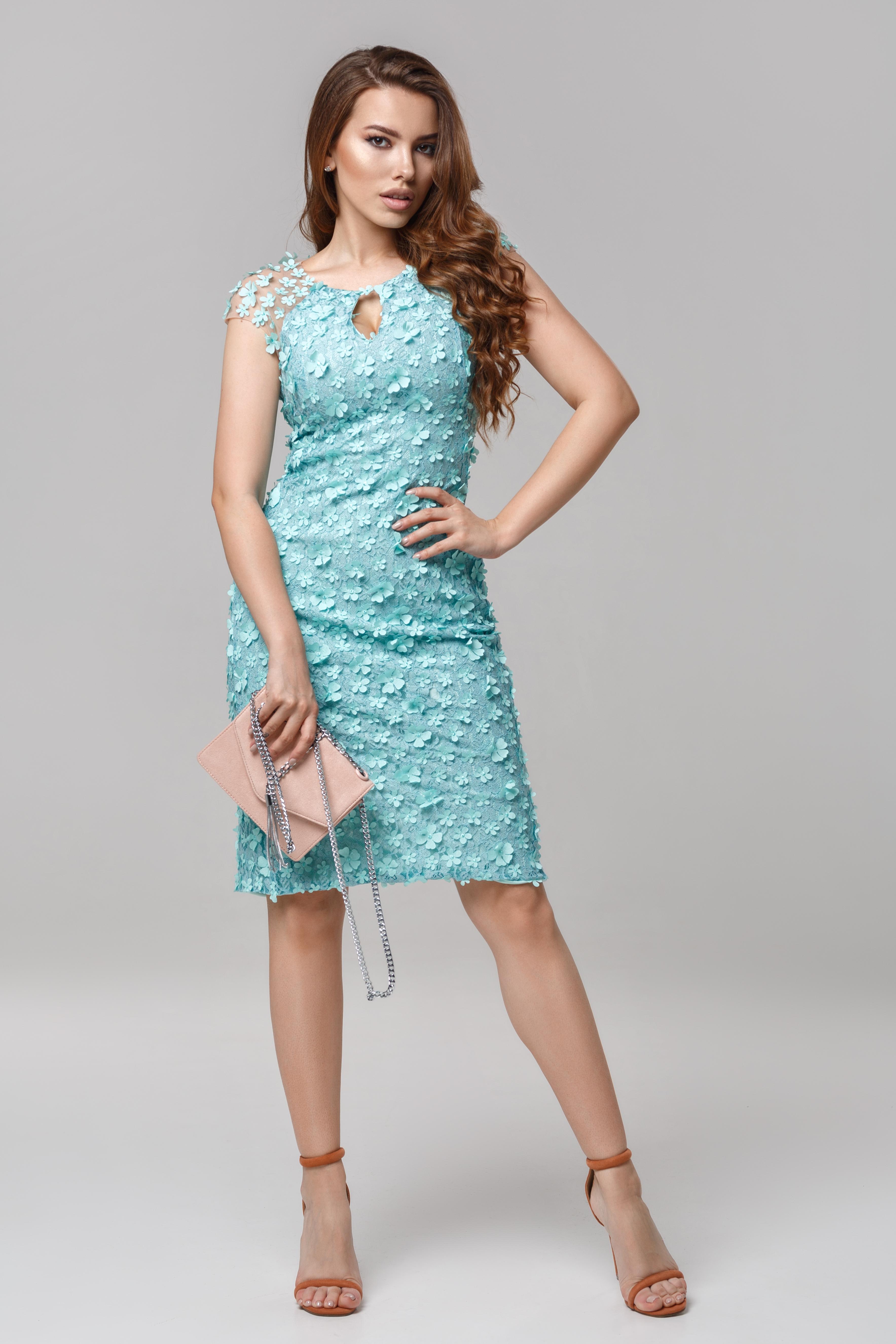 Платье коктейльное с капелькой Lipar