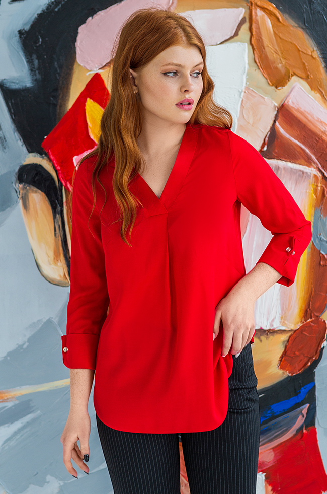 Блуза оверсайз с v-образным разрезом Красная 2180
